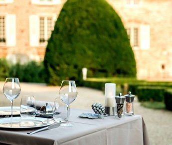 Chateau Besseuil Restaurant Gastronomique Macon